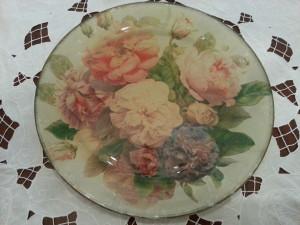 Lifestyle home piatti decorati mamme coi tacchi a spillo - Piatti di frutta decorati ...