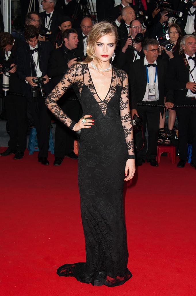 Cara+Delevingne+Arrivals+Cannes+Opening+Ceremony+FJZClV3U0pTx
