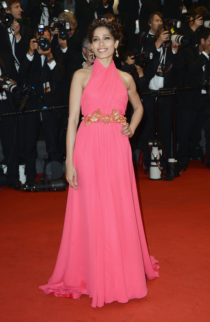 Freida+Pinto+Arrivals+Cannes+Opening+Ceremony+LCUwodfq-i0x