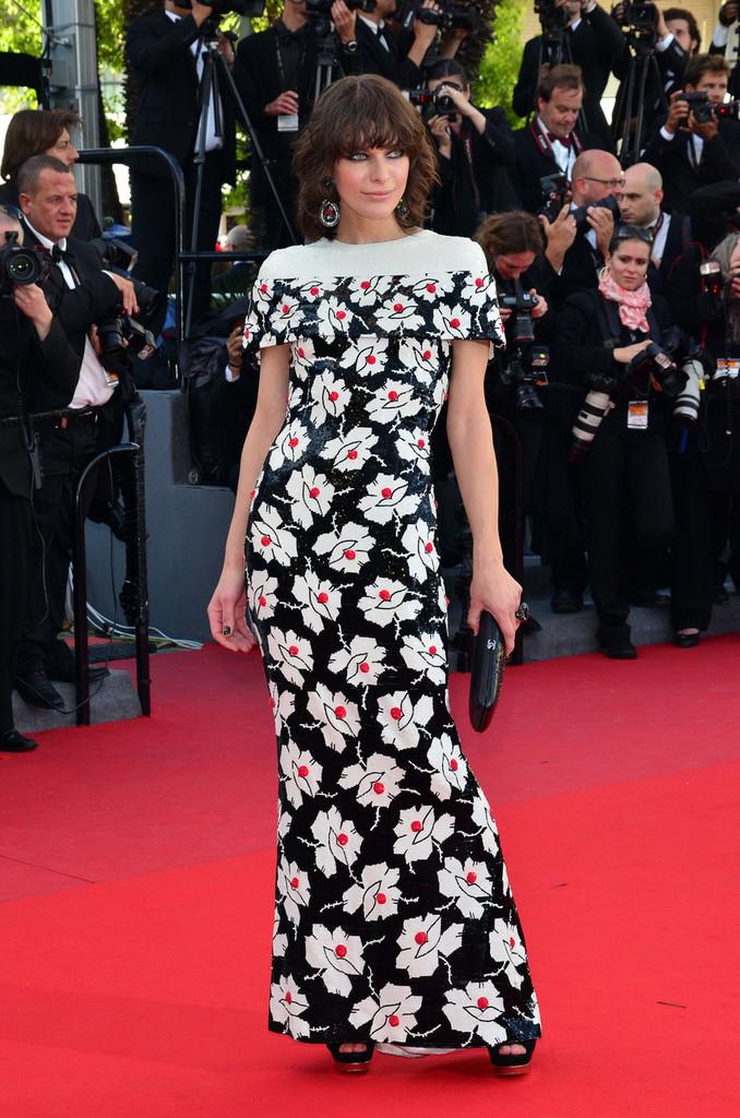 Milla+Jovovich+Blood+Ties+Premieres+Cannes+LDTWkjb80jbx