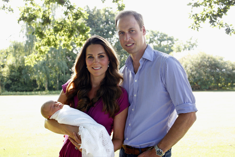 kate-middleton-prince-william-e-il-piccolo-prince-george-61774_w1000