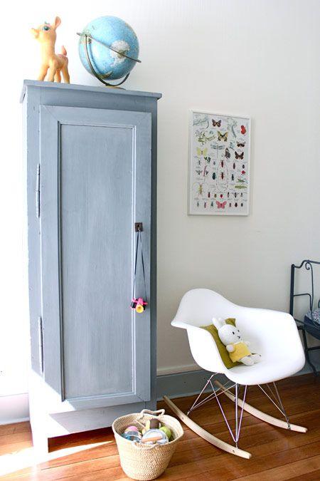 Rar una sedia a dondolo speciale mamme coi tacchi a spillo for Sedia a dondolo nursery