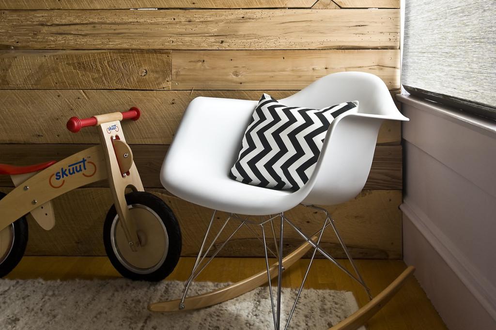RAR, una sedia a dondolo speciale - Mamme coi tacchi a spillo