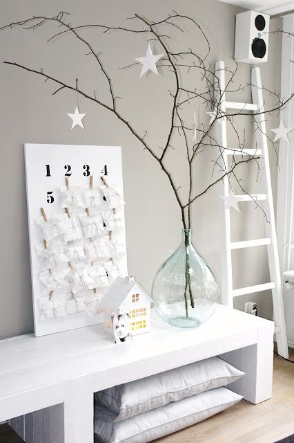 minimalist-christmas-decor-ideas-17_www.digsdigs.com