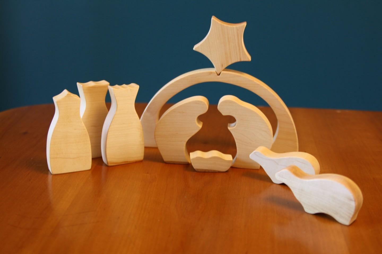 Presepe moderno minimalista e moderno di legno designmag for Design moderno e minimalista