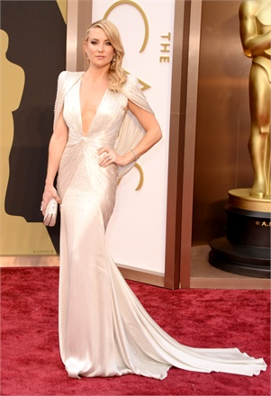 3 - Kate Hudson in Atelier Versace