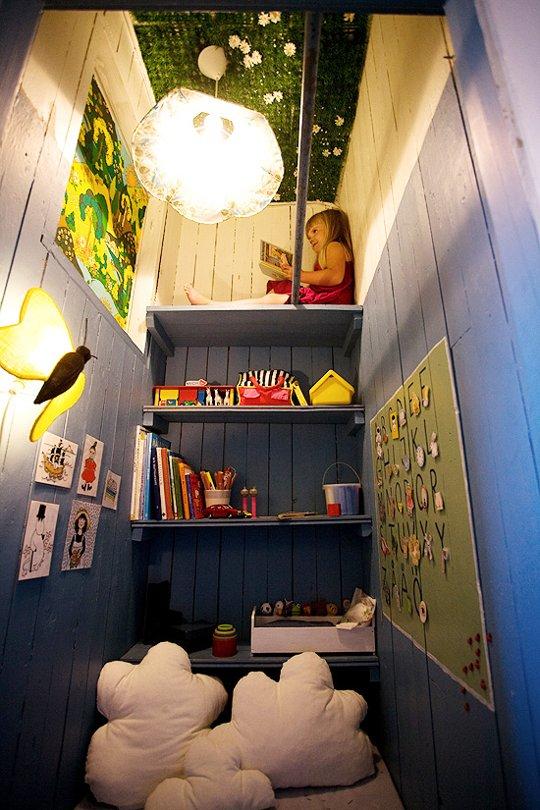 apartmenttherapy.com:closet-reading-nooks10