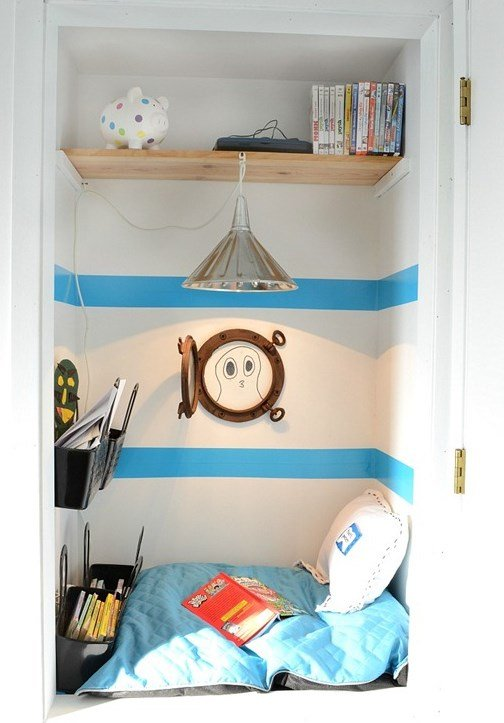 apartmenttherapy.com:closet-reading-nooks4