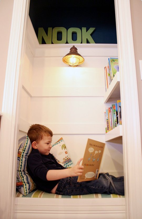 apartmenttherapy.com:closet-reading-nooks7