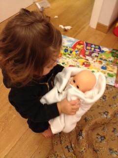 Ninna nanna con la bambola
